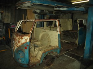VW T2 Split 1955 Roofless